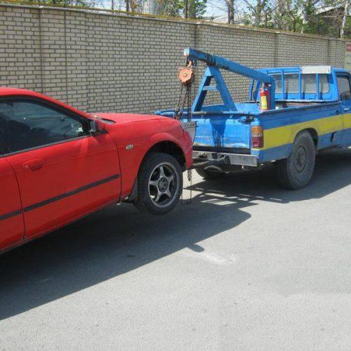 یدک کشیدن خودرو یا بکسل کردن آن؟