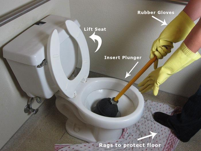 استفاده از پمپ برای رفع گرفتگی توالت فرنگی و ایرانی