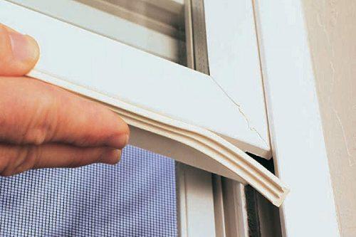 آموزش نحوه عایق کردن درب و پنجره با درزگیر