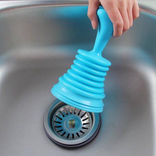 باز کردن سینک ظرفشویی با تلمبه دستی