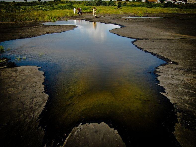 دریاچه قیر