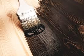 رنگ شاپان روی چوب