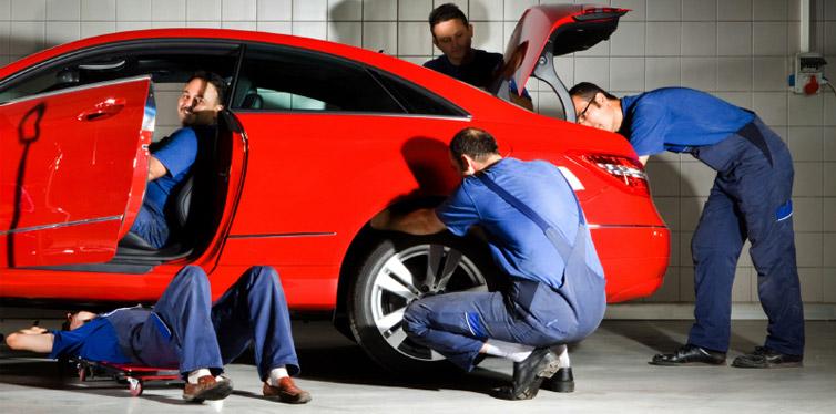 سرویس کردن خودرو برای جلوگیری از خالی شدن باتری خودرو