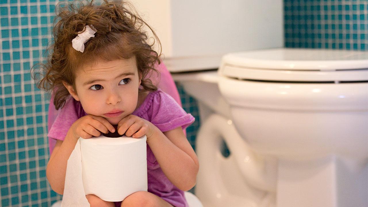 علائم آمادگی کودک برای آموزش دستشویی رفتن