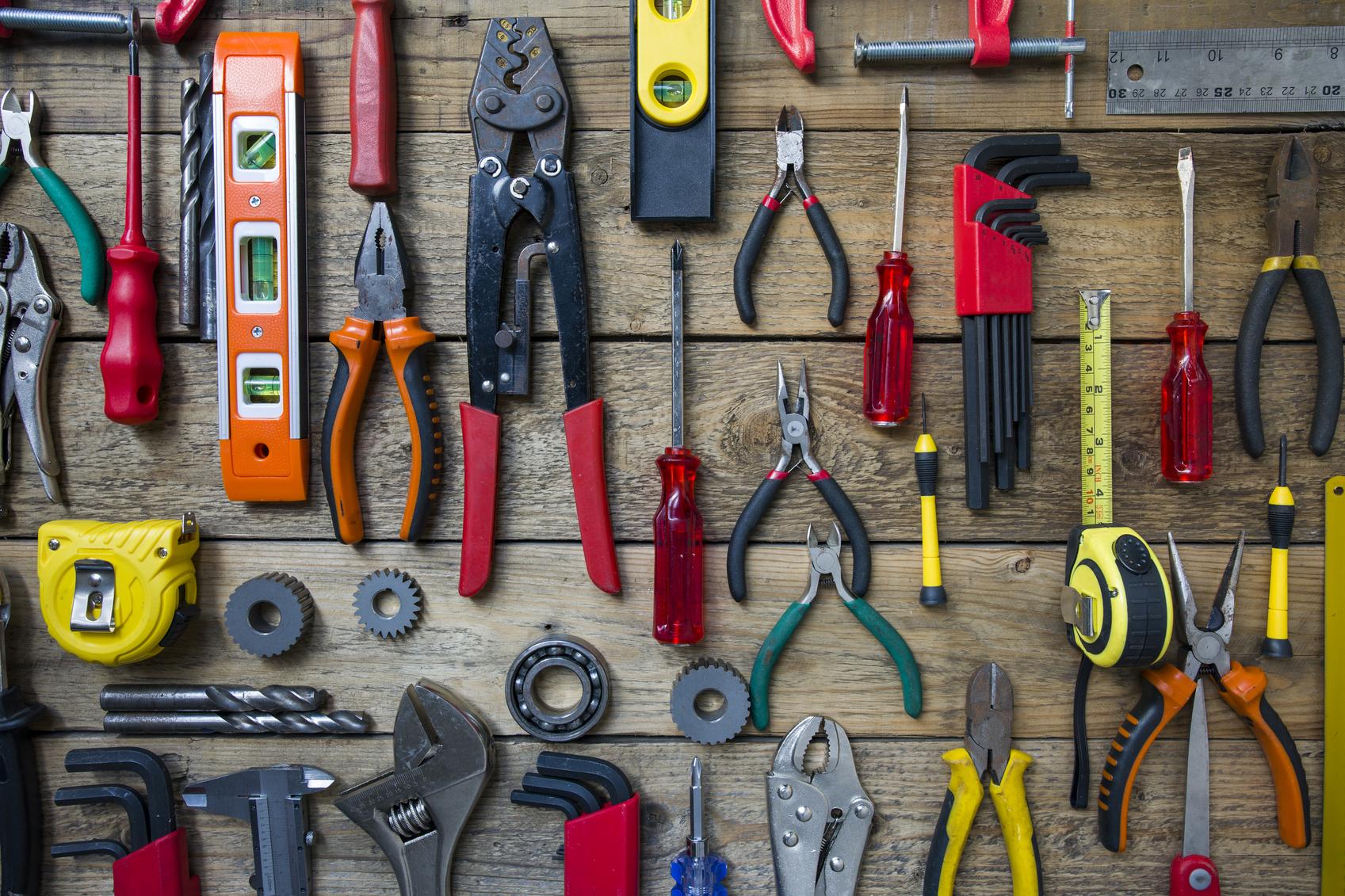 اهمیت استفاده از ابزار لوله کشی مناسب
