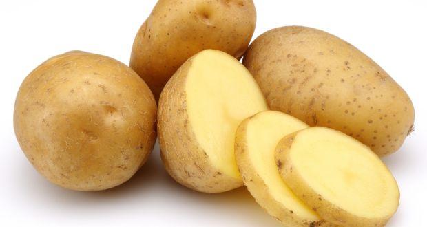 درمان برق زدگی چشم با سیب زمینی