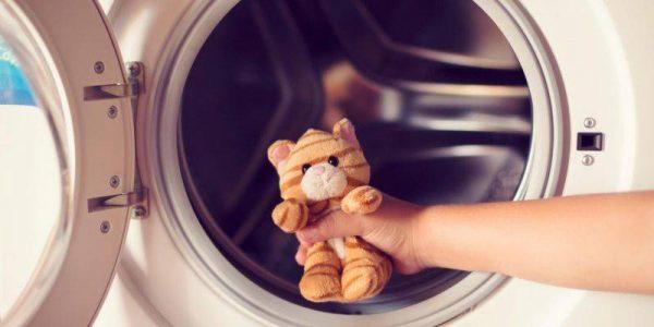 شستن عروسک با لباسشویی